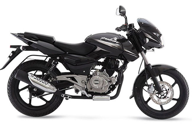 bajaj pulsar bike on rent in manali gulliver adventures